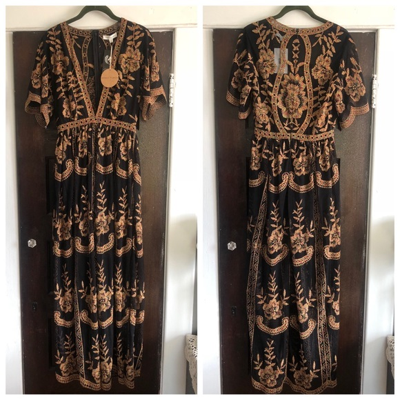 04c3eedce21f Honey Punch Chloe lace maxi romper Size Small